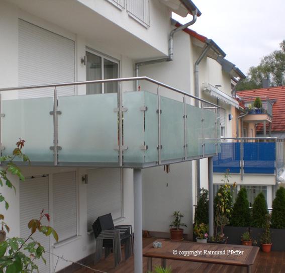 pfeffer metalltechnik balkone. Black Bedroom Furniture Sets. Home Design Ideas
