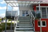 balkon-mit-treppe-1